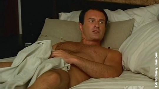порно фото джулиана макмэхон